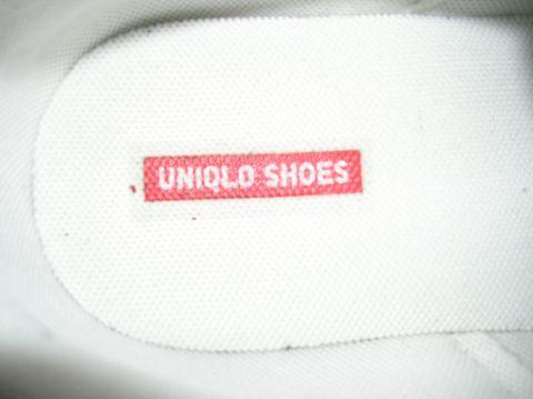 ユニクロシューズのロゴ